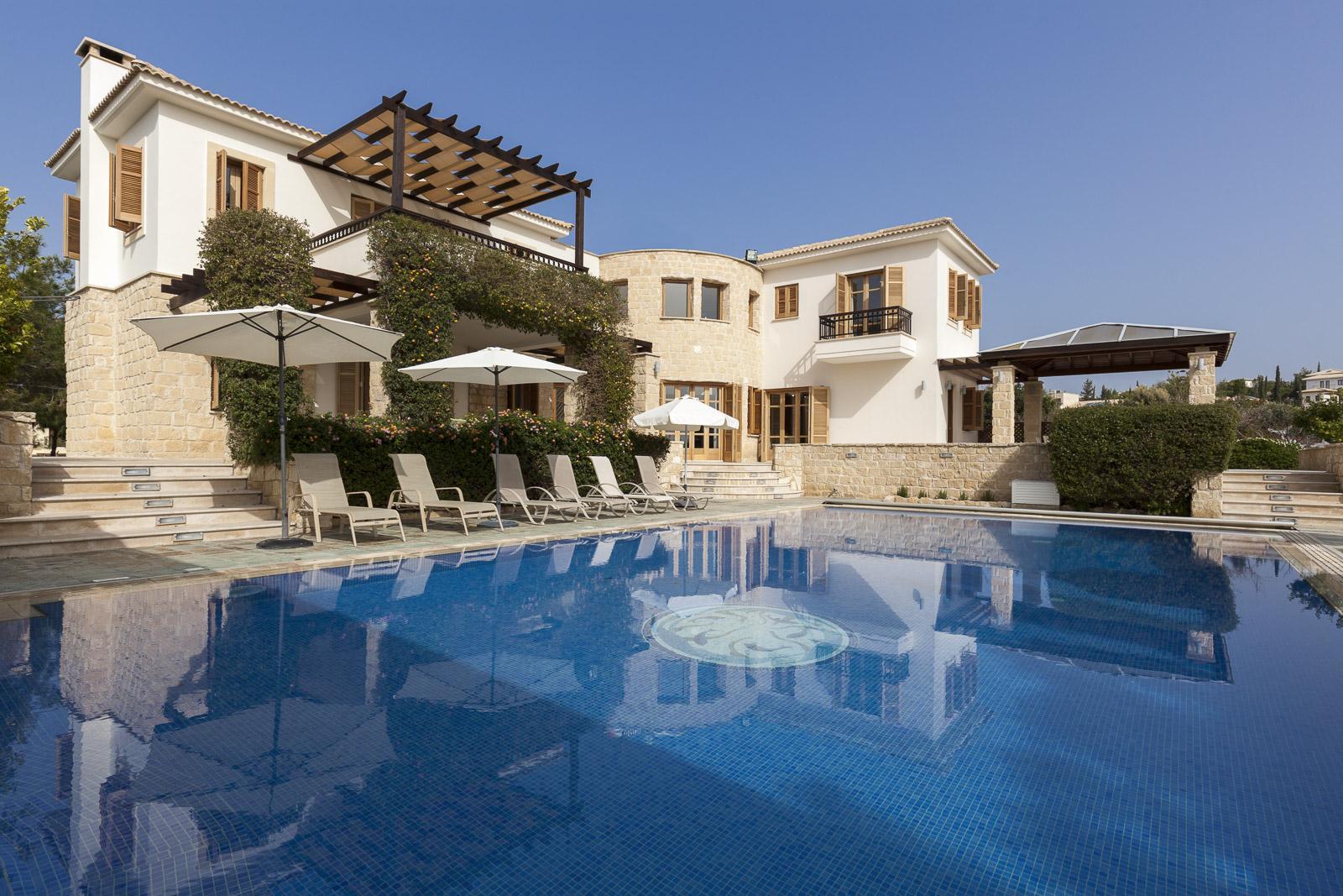 На Кипре пройдут аукционы по продаже залоговой недвижимости