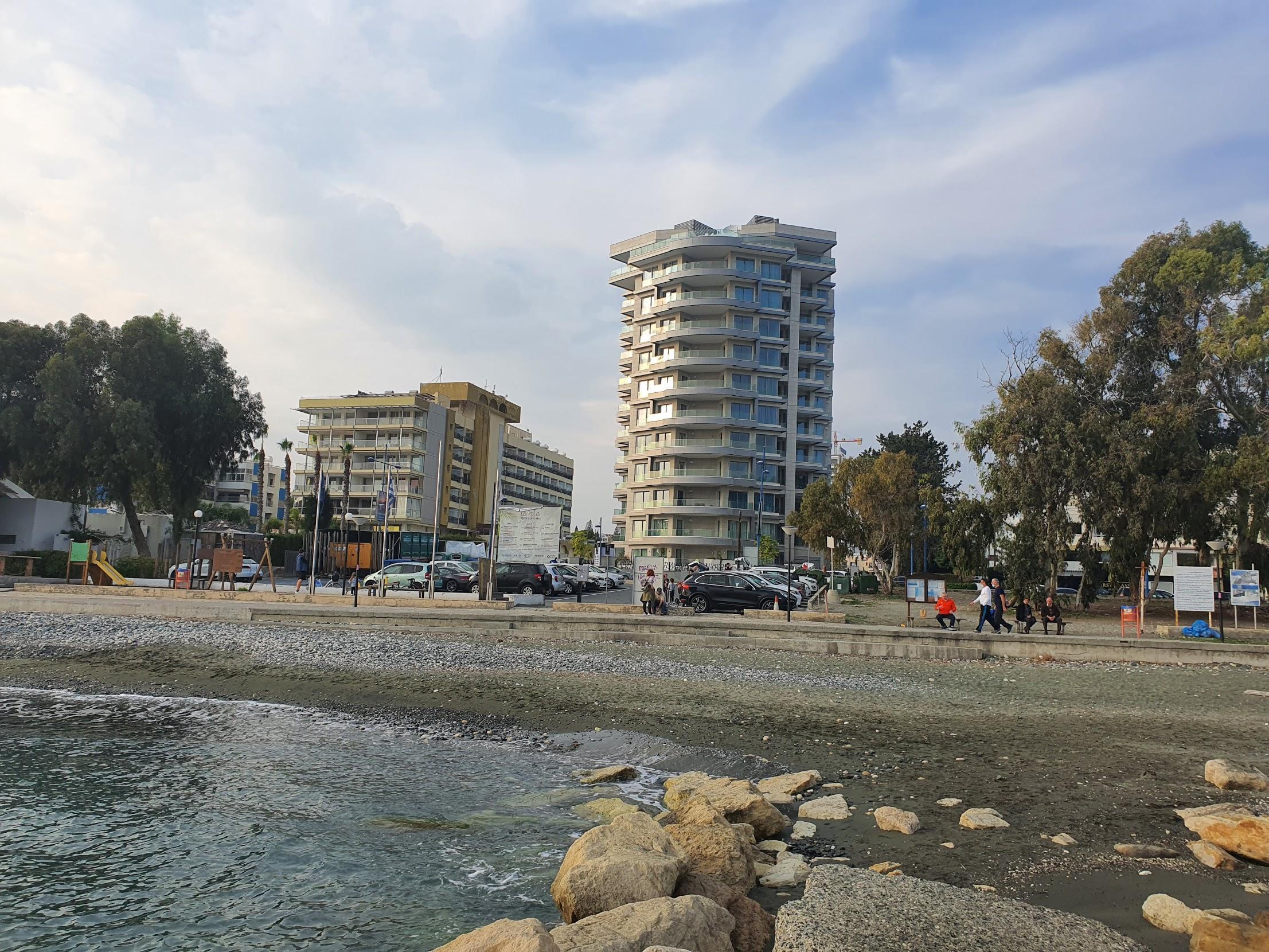 На Кипре существенно снизились продажи недвижимости гражданам третьих стран
