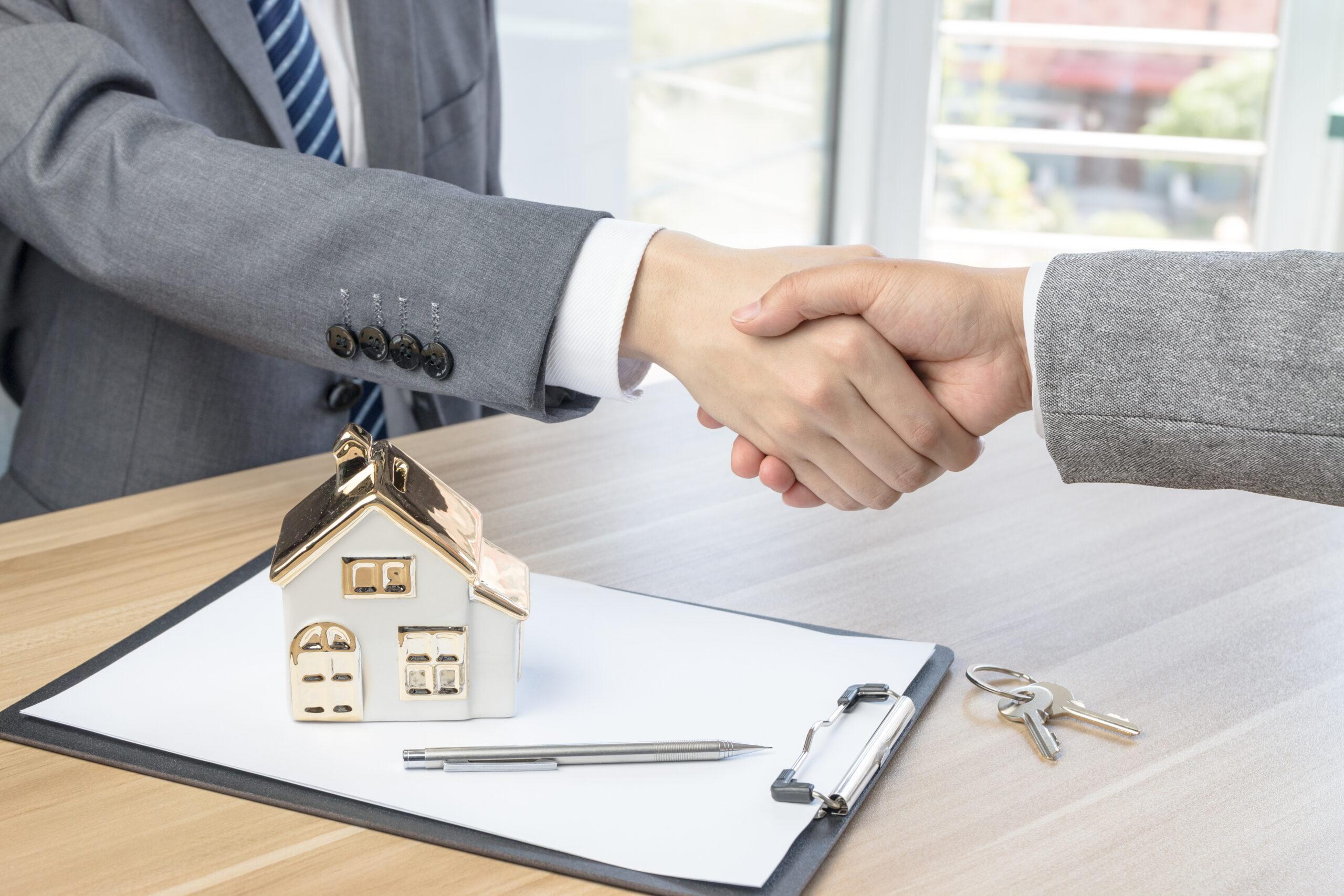 Банки Кипра возобновляют аукционы по продаже залоговой недвижимости