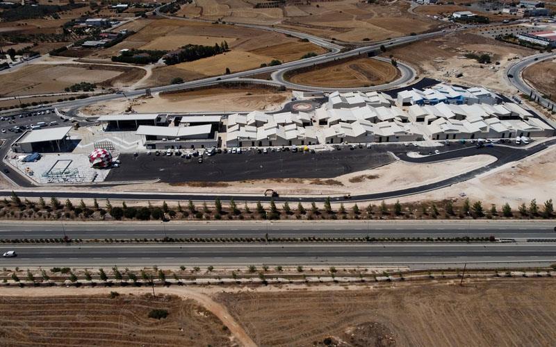 На Кипре завершается строительство Neo Plaza